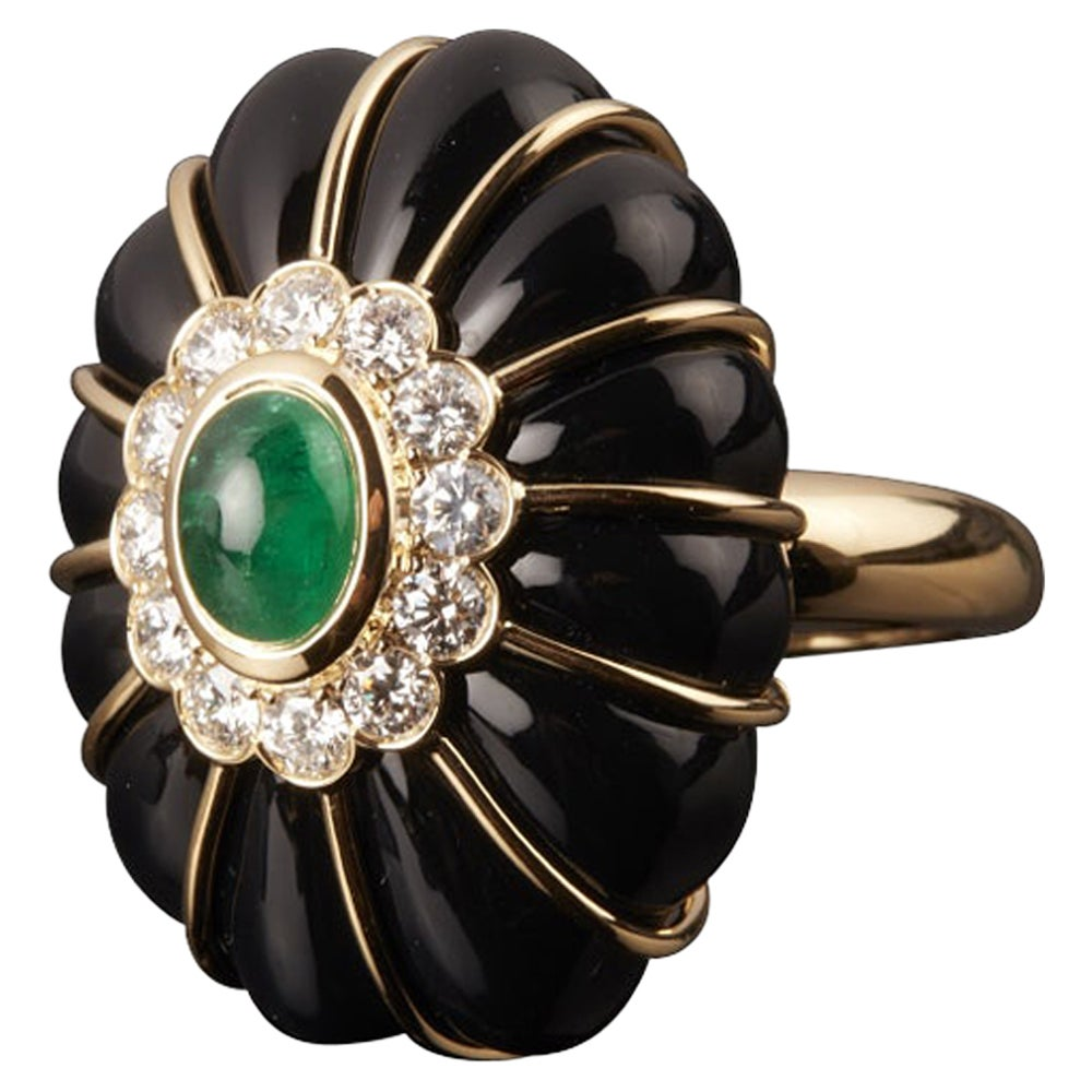 Veschetti 18 Kt Yellow Gold, Onyx, Emerald, Diamonds Cocktail Ring