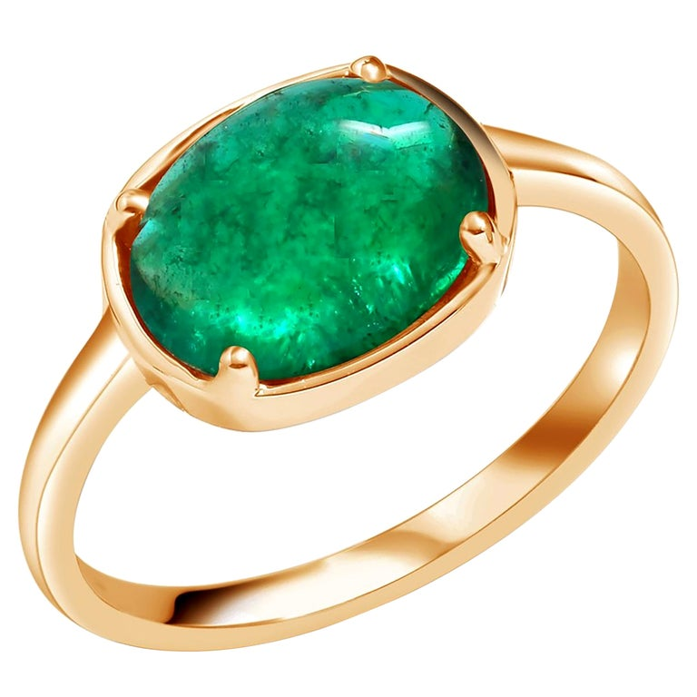 Cabochon Emerald Solitaire Rose Gold Ring Weighing 2.40 Carats For Sale