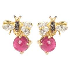 18 Karat Gold 3.50 Karat Pink Tourmaline 0.10 Karat Diamonds Bees Stud Earrings