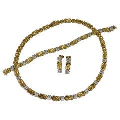 Chiampesan Designer 18 Carat Gold and Diamond Necklace Bracelet Earrings Suite