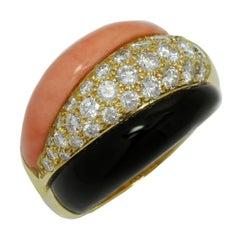 Van Cleef & Arpels Coral Onyx Diamond Yellow Gold Ring