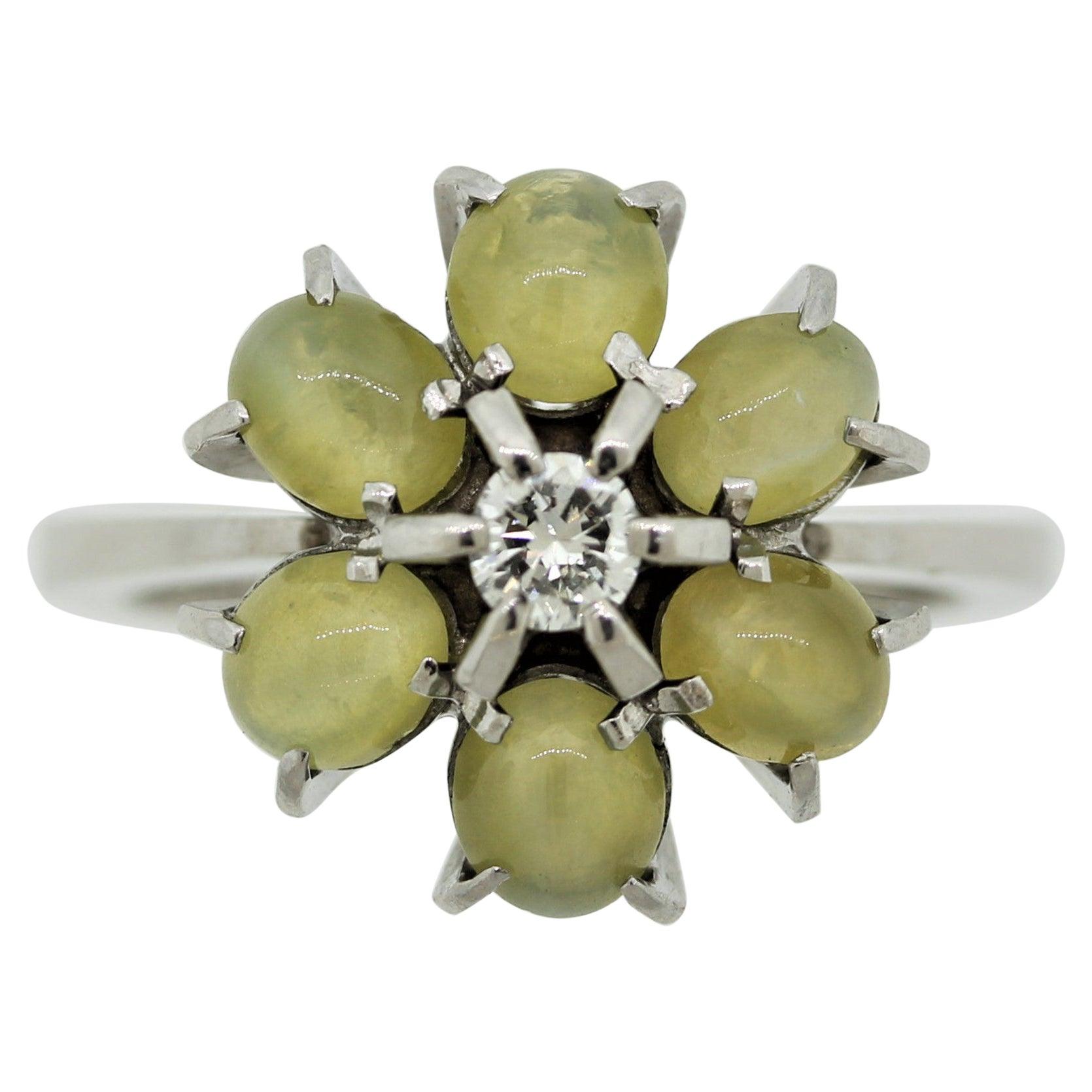 Estate Cat's Eye Chrysoberyl Diamond Platinum Flower Ring