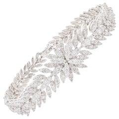 Sophisticated Diamond Bracelet 5.29 Carats Total 18K White Gold