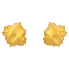 Angela Cummings Gold Ribbon Motif Earrings