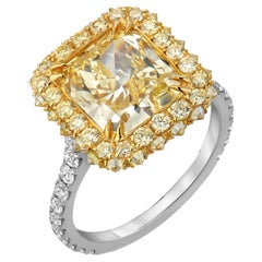 Fancy Light Yellow Diamond Ring 3.78 Carat Radiant Cut GIA Certified