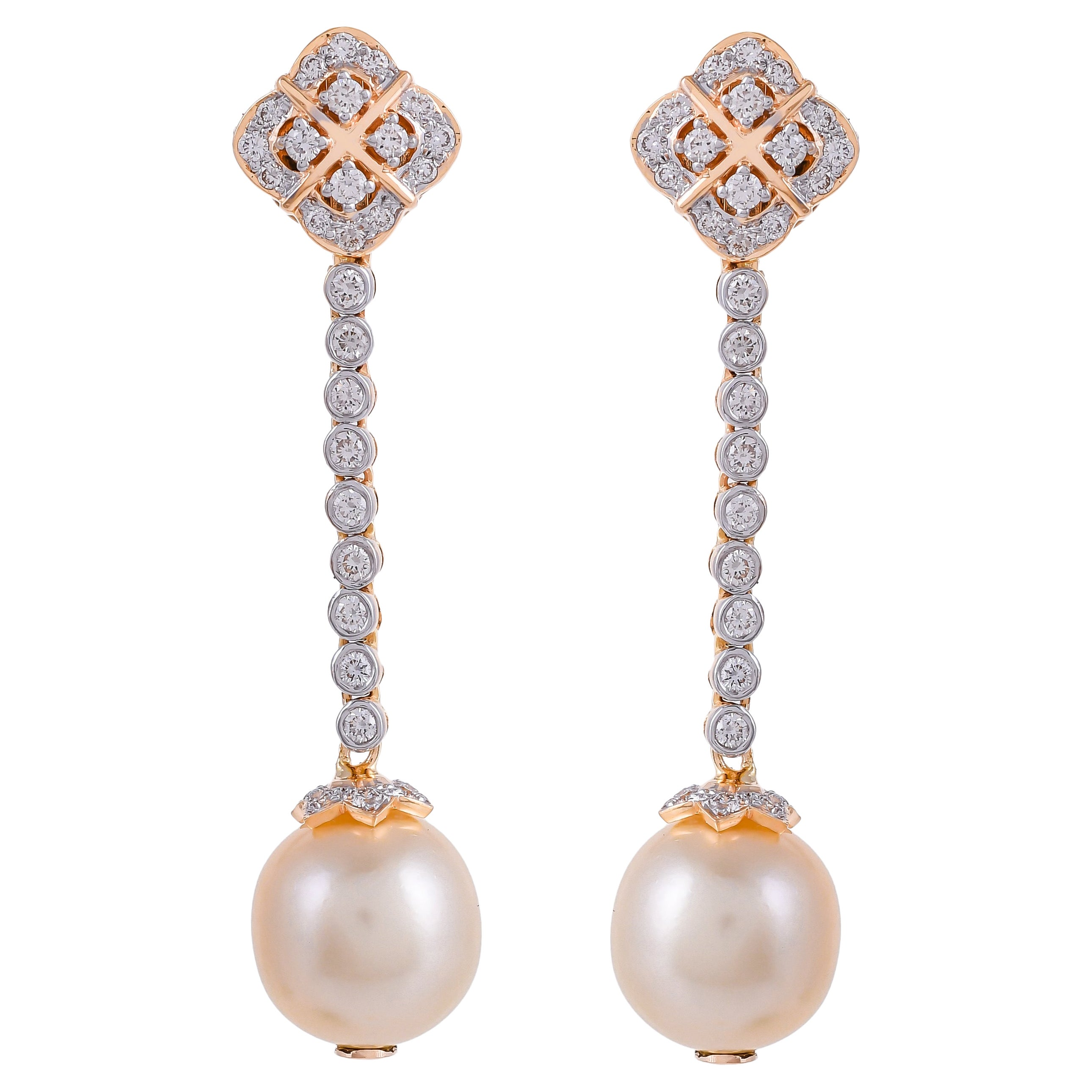 22.14 Carats South Sea Pearl and Diamond 18kt Yellow Gold Dangle Earrings