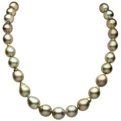 Yoko London Baroque Pistachio Coloured Tahitian Pearl Necklace in 18K Gold