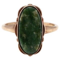 10Y Oval Nephrite Bezel Scalloped Ring