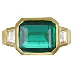 Faye Kim 18k Gold Emerald Ring with Trapezoid Diamonds