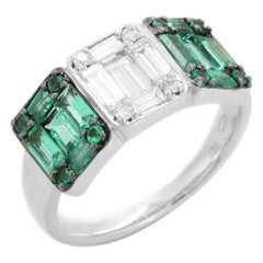 Emeralds and Diamonds Cocktail ring in 18K White Gold