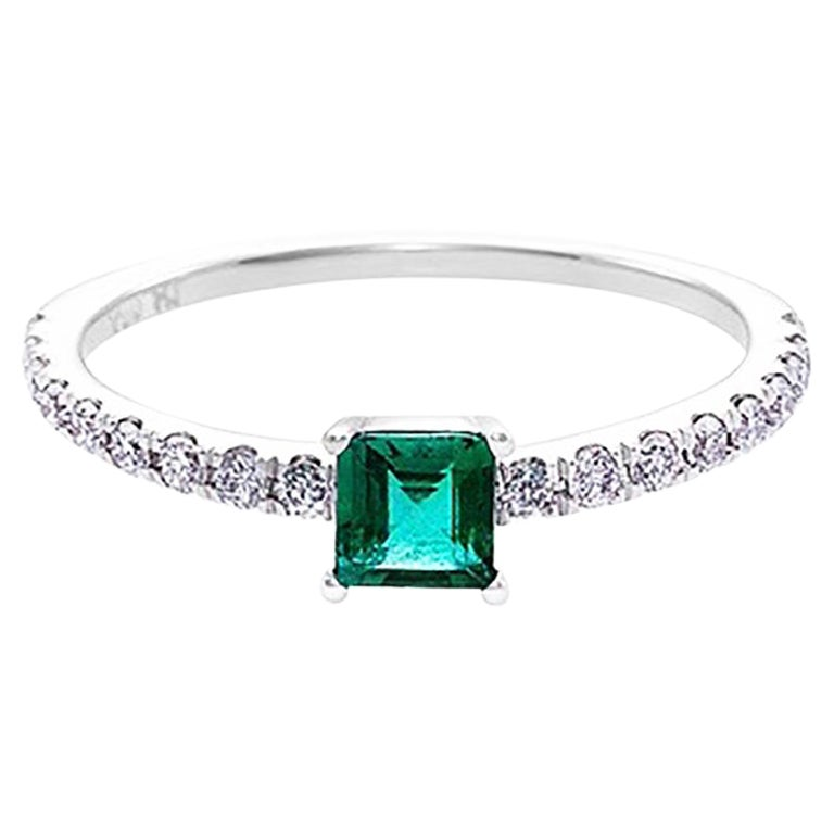 Square Cut Emerald and Round Brilliant Diamond Engagement Ring in 18K White Gold