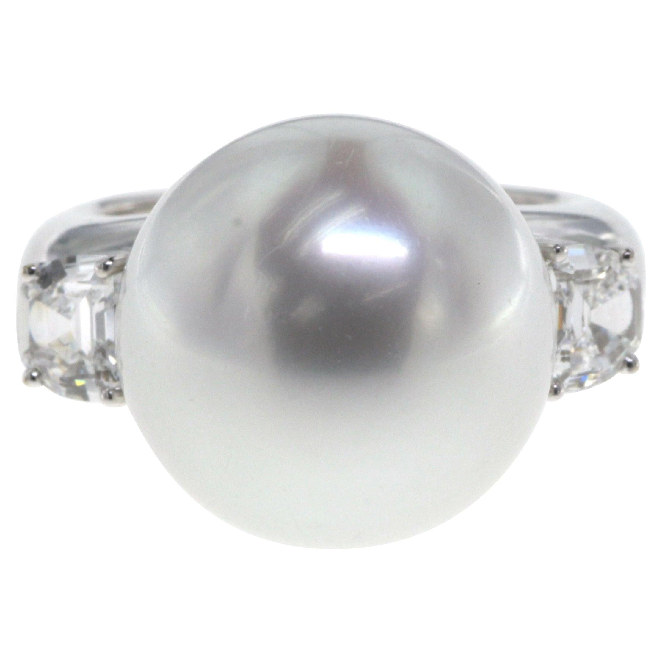 White South Sea Pearl Diamond Ring in 18K White Gold