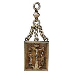 Early Renaissance Chained Reliquary Pendant with Crucifixion