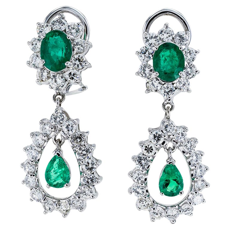 Emerald Diamond White Gold Drop Clip on Earrings For Sale