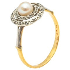 18kt Yellow and White Gold Ring With Rose Cut Diamonds and Fine Pearls