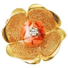 18K Yellow Gold Flower Pendant with Diamond