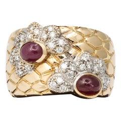 Cabochon Ruby and Diamond Yellow Gold Band