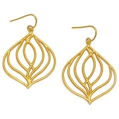 Lauren Harper 18K Yellow Gold Aspen Leaf Earrings