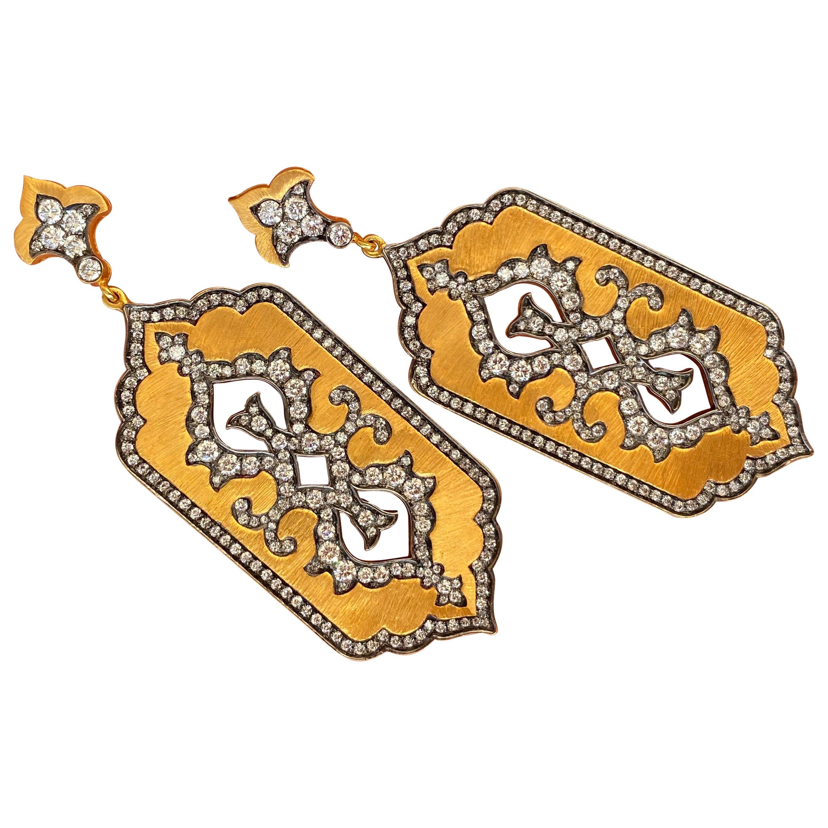 Royaal Stones Ltd Dangle Earrings