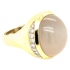 Yellow Gold White Star Sapphire Ring with Diamonds