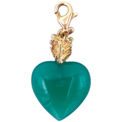 Handcrafted 18 Karats Gold Green Agate Heart Love Charme Feather Pendant