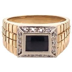 Men's Onyx and Diamond Ring in 14 Karat Yellow Gold