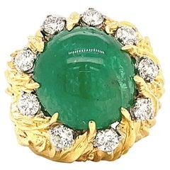 Retro Emerald Diamond 18 Karat Gold Dome Ring