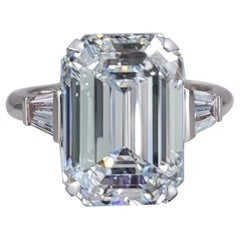 Exceptional Flawless GIA Ceritified 5 Carat Emerald Cut Diamond Ring