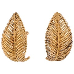 Van Cleef & Arpels 18K Yellow Gold French Leaf Clip on Vintage Earrings