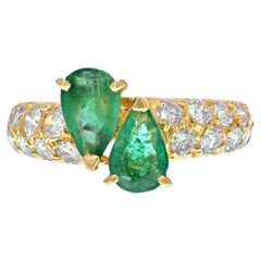 Van Cleef & Arpels 18KYellow Gold Toi Et Moi Green Emerald Crossover Petite Ring