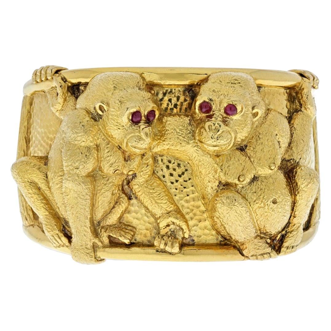 David Webb 18K Yellow Gold Double Monkey Gorilla Cuff Bangle Bracelet