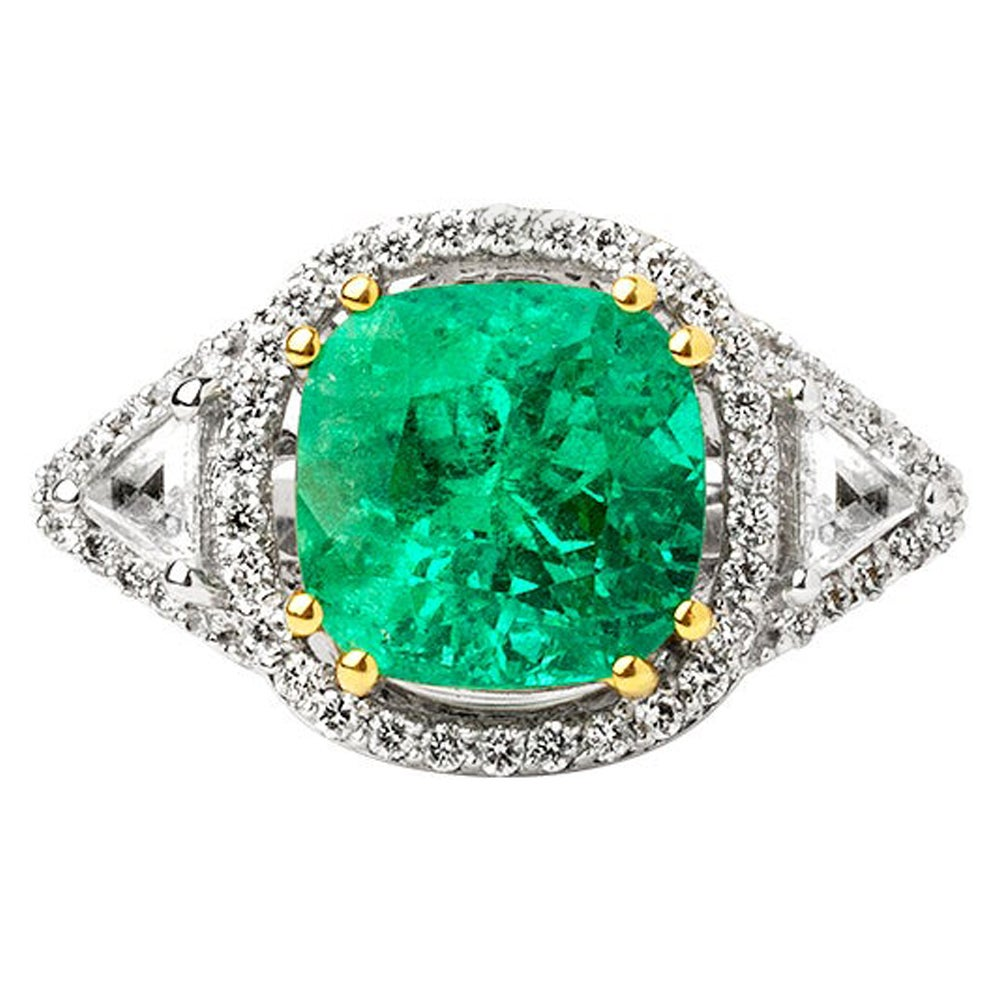 7.75 Carats Colombian Emerald Cushion Cut with Diamonds Solitaire Certified Ring