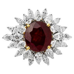 6 Carats Natural Ruby Solitaire Ring Surrounded with 2.97 Carats D to F Diamonds