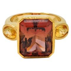 Elizabeth Locke Tourmaline Yellow Sapphire 18 Karat Gold Gemstone Cocktail Ring