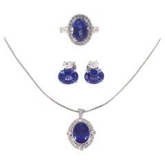 18ct White Gold Tanzanite & Diamond Necklace, Ring & Earrings Set
