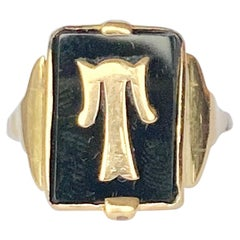 Art Deco Onyx and 9 Carat Gold Initial Ring