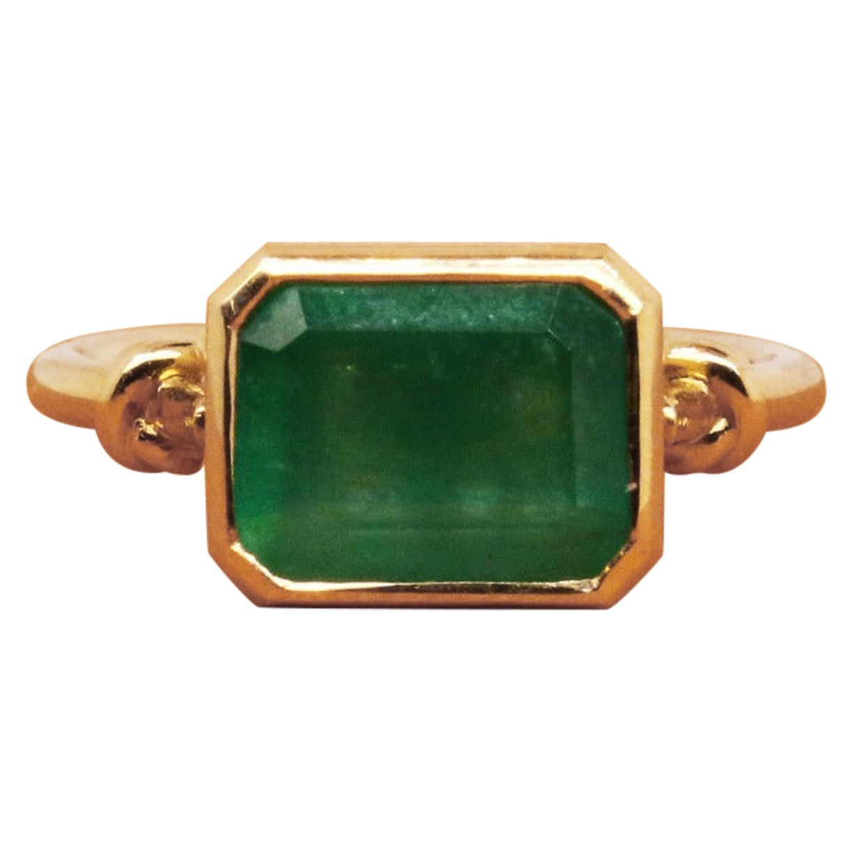 Baby Knot Emerald Ring in 18ct Yellow Gold