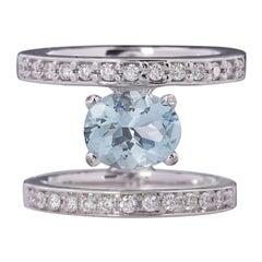 3.1 Karat Aquamarine 0,65 Karats White Diamonds White Gold Cocktail Design Ring