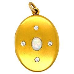 Antique Victorian 14 Karat Gold Opal Diamond Locket