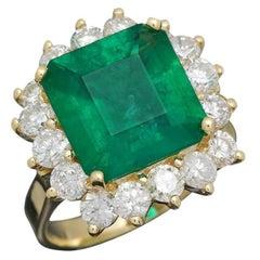 7.00 Carats Natural Emerald and Diamond 18K Solid Yellow Gold Ring