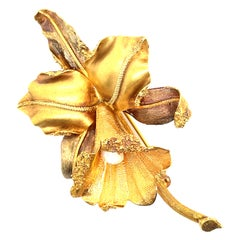 18k Yellow & Rose Gold Retro Style Leaf Brooch