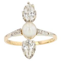 19th Century Natural Pearl Pear- Cut Diamonds 18 Karat Yellow Gold Ring
