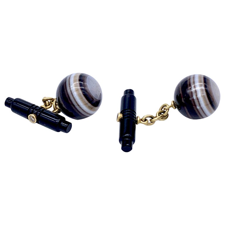 Art Deco Sardonyx Onyx Agate Diamond 18 Karat Cufflinks Against the Evil Eye  For Sale