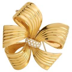 Van Cleef & Arpels Vintage 18K Yellow Gold 0.65 Ct Diamond Brooch