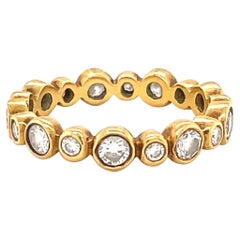 Round Brilliant Cut Diamond 18 Karat Gold Band Ring