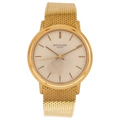 Patek Philippe Calatrava Watch Automatic Ref. 3569-2 in 18 Carat Yellow Gold