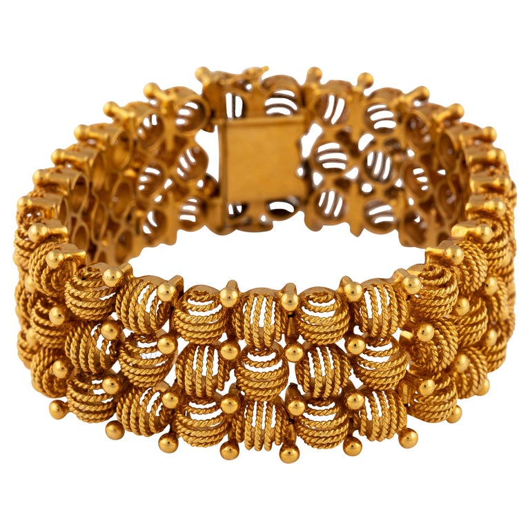 Retro Rose Gold Bracelet, Circa 1940 For Sale