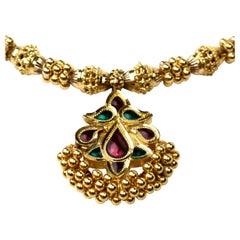 22K Yellow Gold Enamel Pendant Necklace 25g