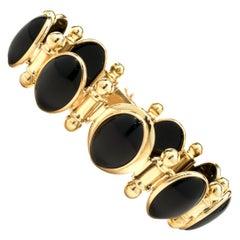 14 Karat Yellow Gold Vintage Black Onyx Cabochon Cut Bracelet