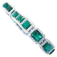 Stunning Platinum Emerald & Diamond Bracelet